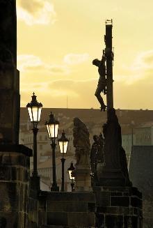 Sochařská výzdoba Karlova mostu pochází z větší části z doby barokní, foto: Libor Sváček, archiv Vydavatelství MCU s.r.o.