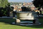 South Gardens - Round Dish (J. Plečnik), photo by: Libor Sváček, archiv Vydavatelství MCU s.r.o.