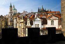 Pohled z Malostranské mostecké věže, foto: Libor Sváček, archiv Vydavatelství MCU s.r.o.